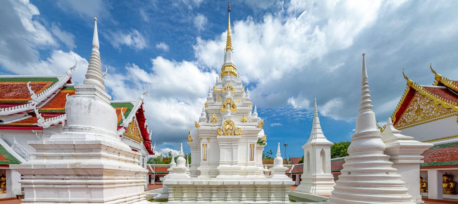 Wat Phra Boromthat Chaiya Ratchaworawihan