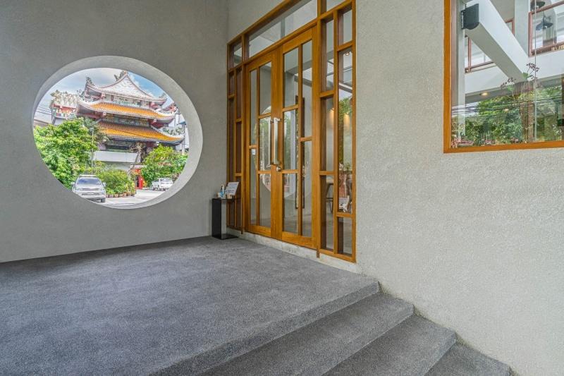 2020-05-02-Stucco-HongDiCoffee-Chokchai4-Bangkok-low-res (3 of 19).jpg