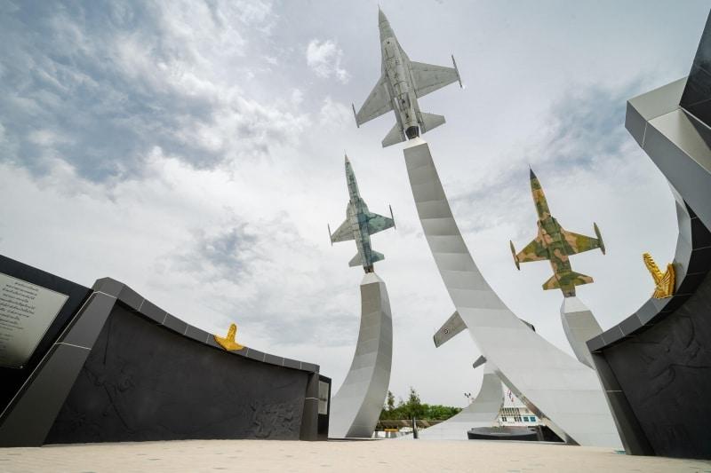 2020-05-02-Stucco-Royal Thai Air Force Aviation Park-Bangkok001.jpg